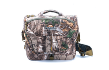 Vanguard ALTA RISE 33 Messenger Bag in Realtree Xtra Camo Preview