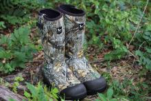 Field & Stream Men's Swamptracker 1000g Waterproof Rubber Hunting Boots in Realtree EDGE Preview