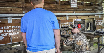 Follow these tips to make certain the shooting range jerk isn't you. (© Michael Pendley photo)