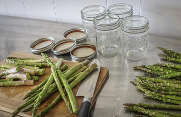 Pickling wild asparagus is easy to do and makes a great snack.