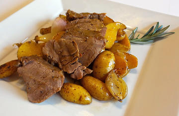 Venison steak and potatoes, the perfect match. And all in an easy, one-dish meal.