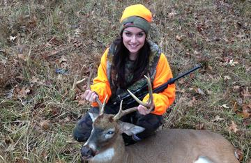 Olivia Faye, daughter of Robin and Kamille Floyd with a nice buck she donated to Kentucky Hunters for the Hungry. Robin sits on the board of directors for KHFTH.