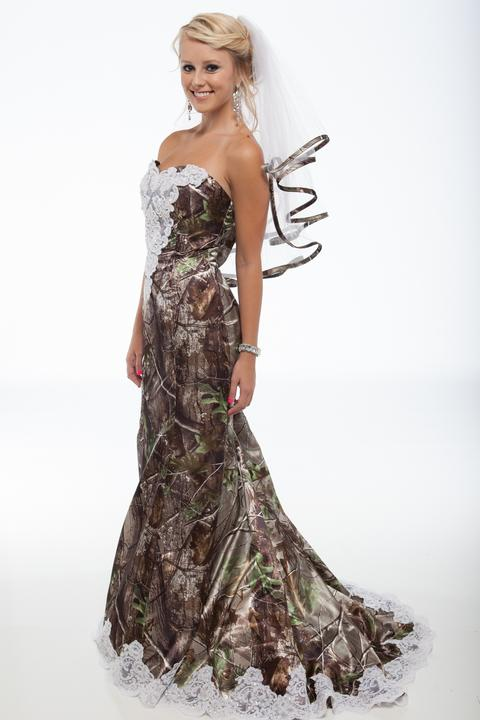 Realtree Camo Wedding Dresses and Formal Attire