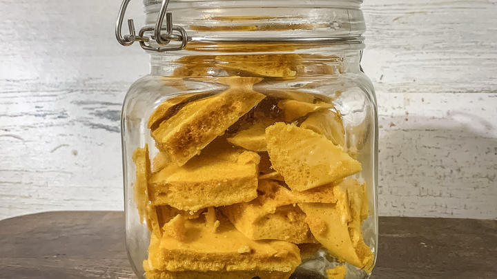 How to Make Honeycomb Candy Preview Image