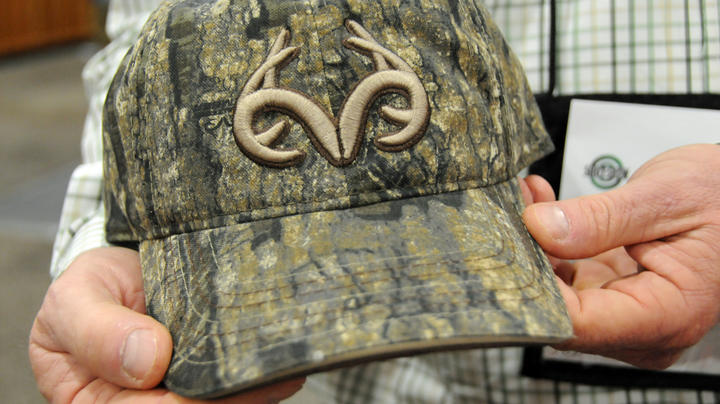 2019 SHOT Show: New Realtree Camo Hats, Gloves and Facemasks Preview Image