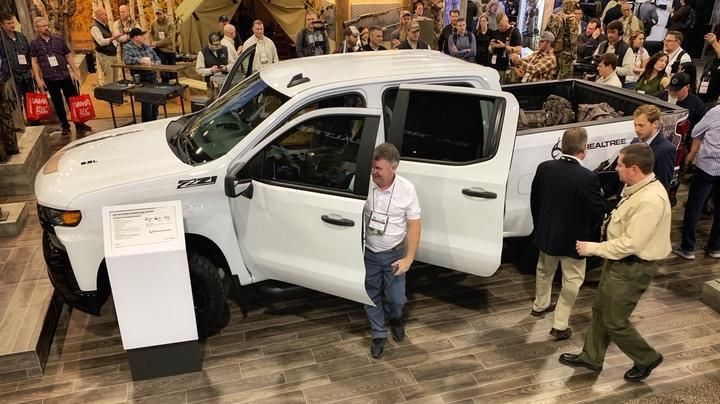 Realtree and Chevy Reveal New Limited Edition Silverado at 2020 SHOT Show Preview Image
