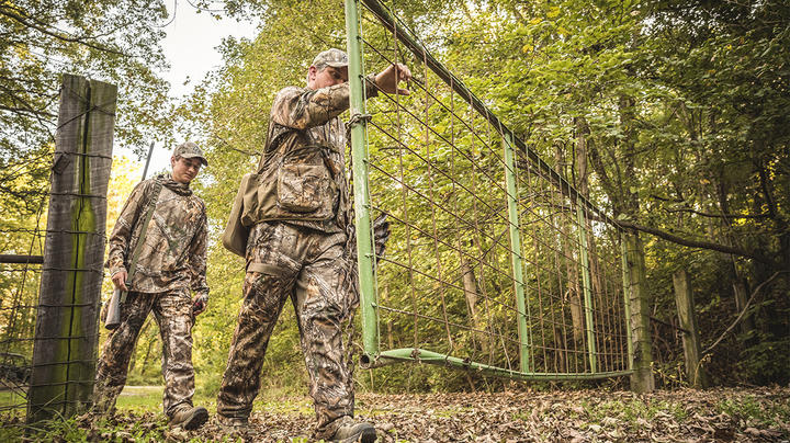How to Buy Turkey Hunting Boots Preview Image