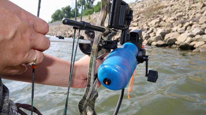 T-Bone's Tips: Set Up A Bowfishing Bow Preview Image