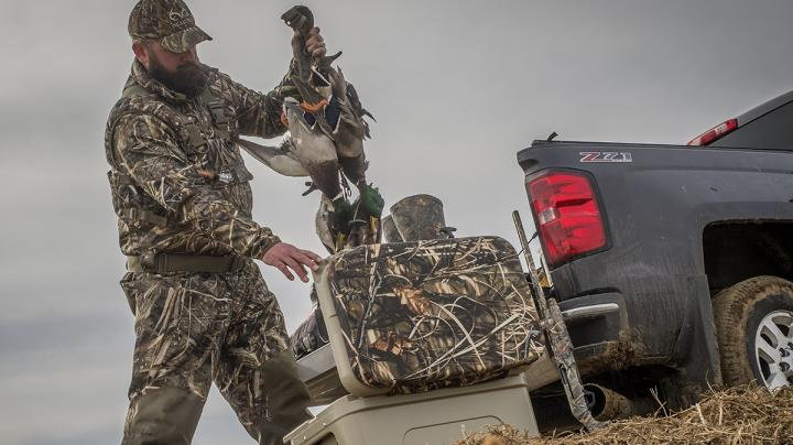 Central Flyway: Duck Movement Heats Up, Heads South Preview Image
