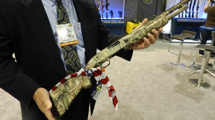 Mossberg Unveils Entire Duck Commander Series of Guns Preview Image