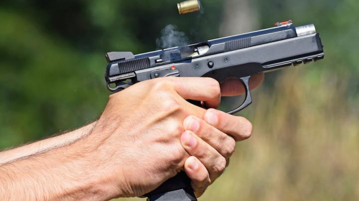 5 Reasons You're Bad With A Handgun Preview Image