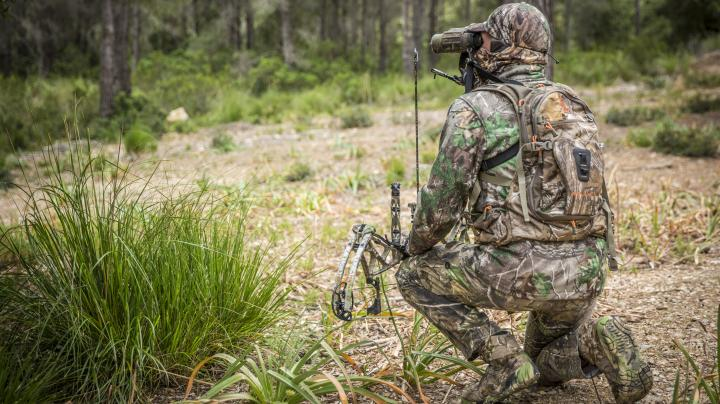 Ian Harford's Bow of Choice: The Arena 34 in Realtree Xtra Green from Bear Archery. Preview Image