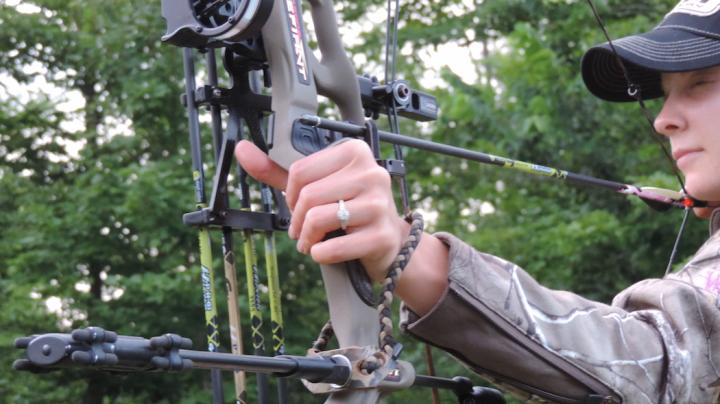 5 Things You Need to Know Before Introducing a Woman to Bowhunting Preview Image
