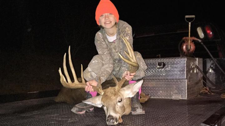 Young Girl Kills a Huge Buck Preview Image