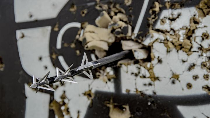 How to Broadhead Tune a Bow Preview Image