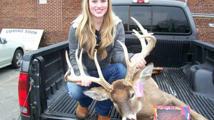 Eighth-Grader Tags Dandy Whitetail Preview Image
