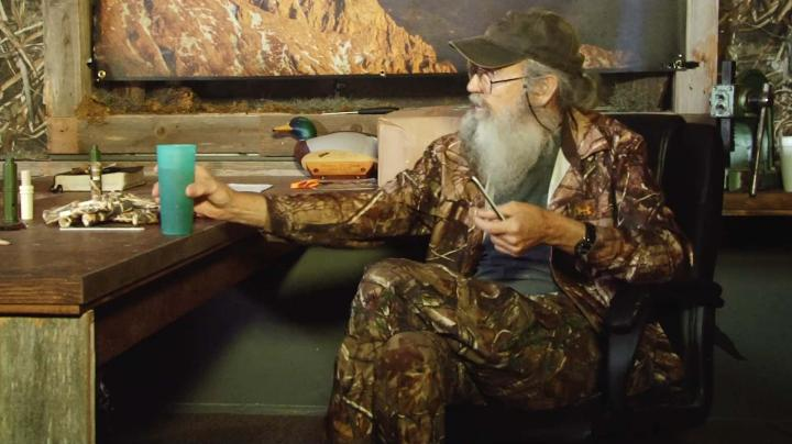 Duck Commanders Behind the Scenes: Uncle Si's Tea Cup Preview Image