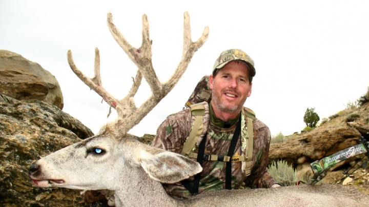 How to Bowhunt Early Season Mountain Mule Deer  Preview Image