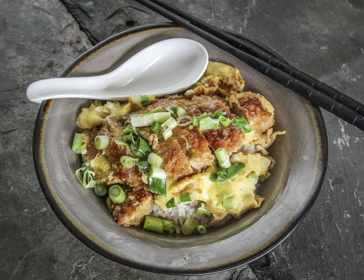 Katsudon makes a perfect quick lunch or dinner.