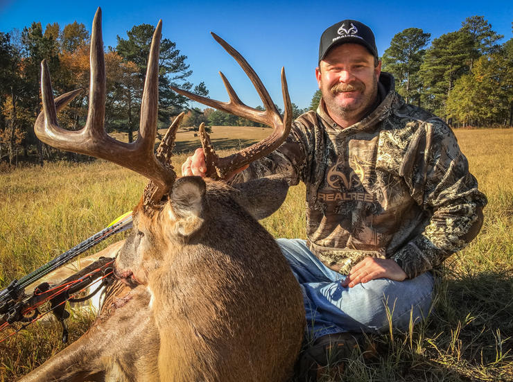 Michael Pitts shows off a big monster buck. (Michael Pitts photo)