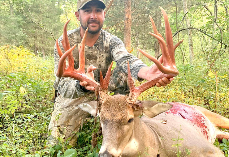 Dustin French finally connected on this Kentucky stud after two years of hunting it. (Photo courtesy of Dustin French)