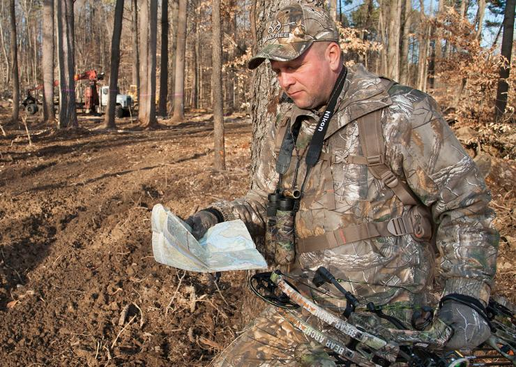 How To Use Topographic Maps To Find Deer Deer Hunting Realtree Camo