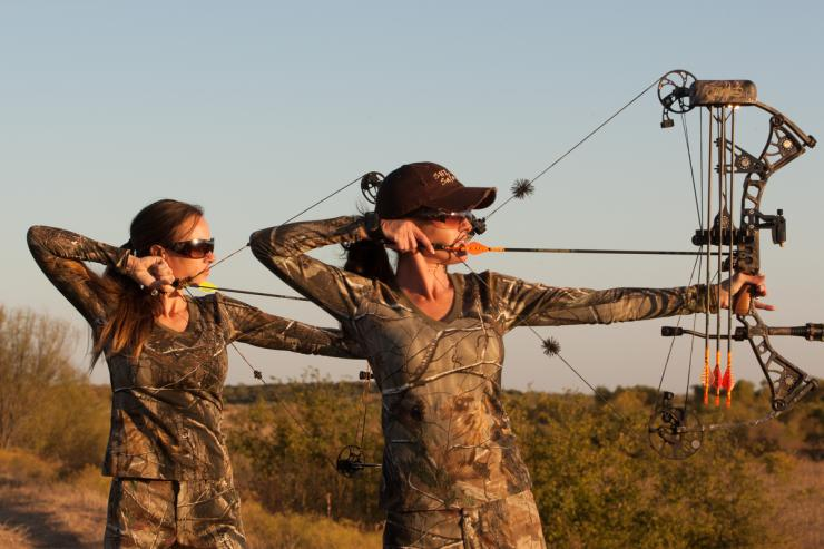 What To Know About Low Poundage Bowhunting Bowhunting Realtree Camo