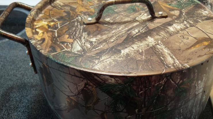 Realtree cookware from Camalo Cookware.