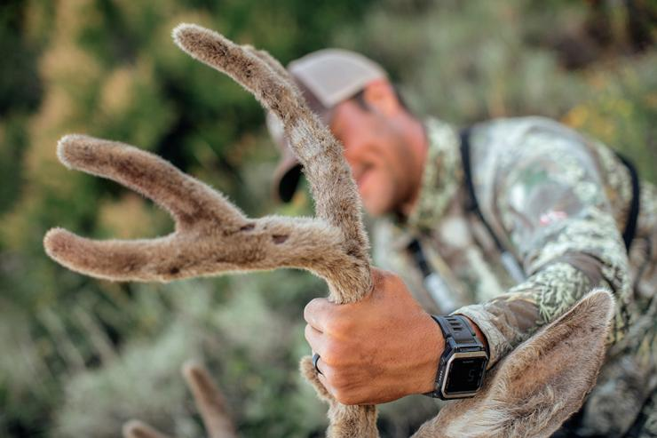Don't guide the guide (Realtree/Heartland Bowhunter photo)