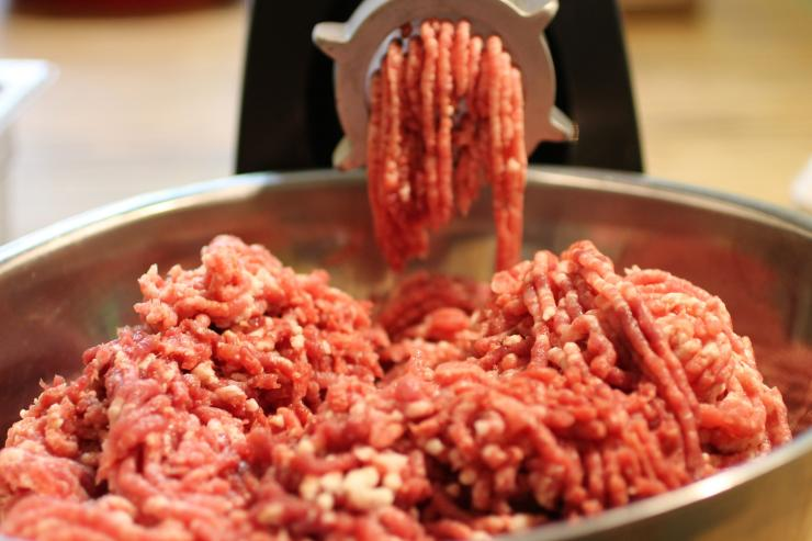 Grind the meat through a medium plate.