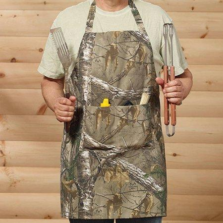 This Realtree Xtra apron from 1888 Mills is perfect for the kitchen or the grill.