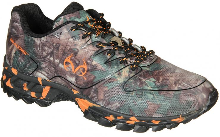 Cobra Athletic Shoe in Realtree Xtra Green by Old Dominion