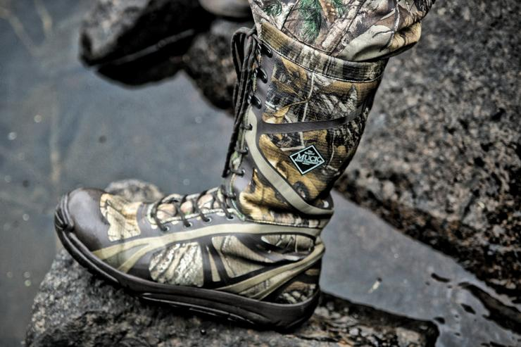 Pursuit Shadow Tall Camo Hunting Boot by Muck Boot Company | Realtree