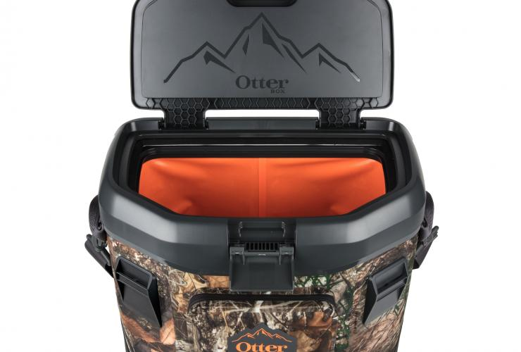 Otterbox Trooper 20 Soft Sided Cooler In Realtree Edge