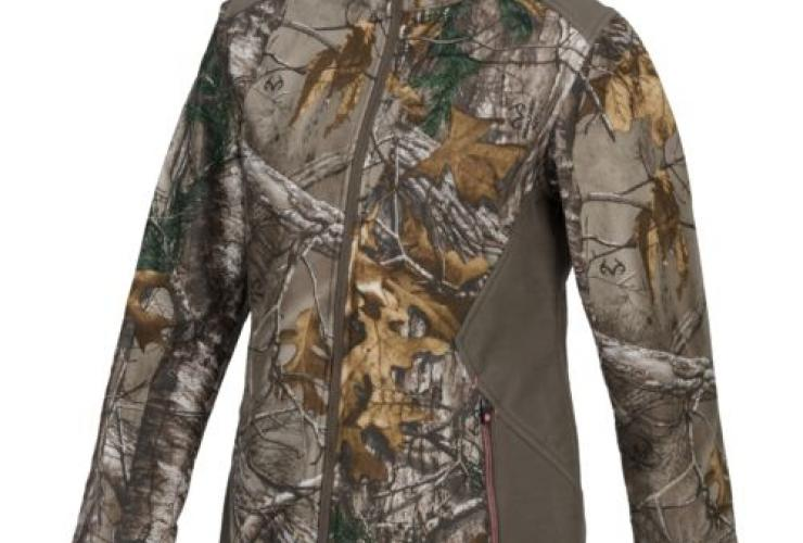 eba8d16295fdc Manufactured by Academy Sports + Outdoors. Share. Game Winner® Women's  Savannah Softshell Jacket in Realtree Xtra