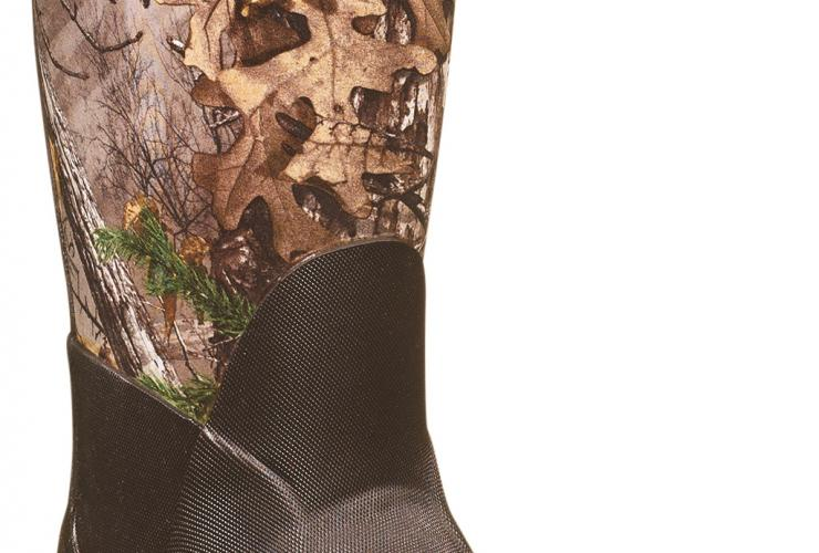 7153ec508b9 Manufactured by Field   Stream. Share. Field   Stream Men s Rutland Tracker  Realtree Xtra Waterproof Rubber Hunting Boots