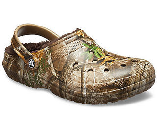 Classic Lined Realtree Edge Clog by Crocs