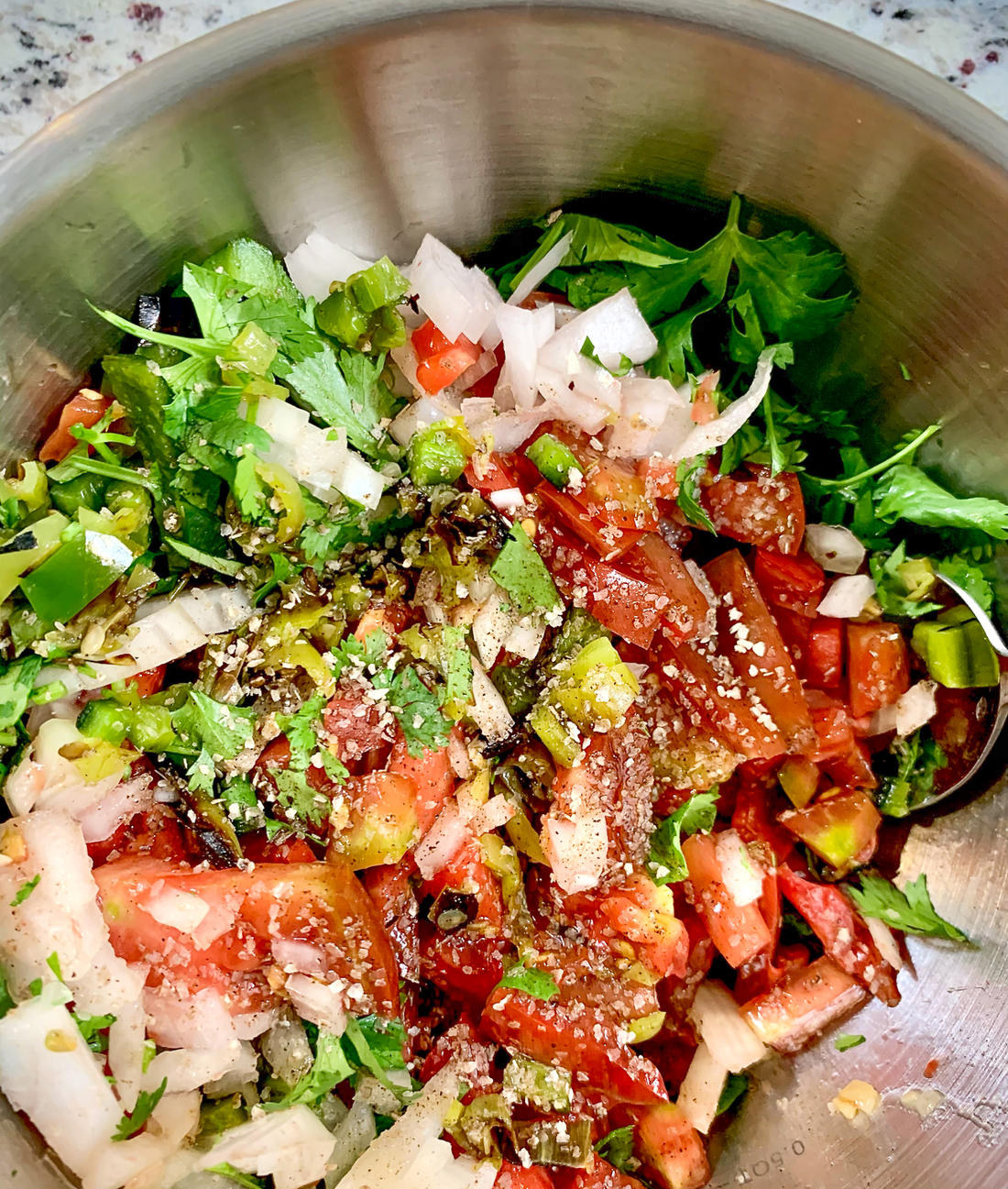 Mix the pico ingredients in a bowl. (B. Redfern photo)