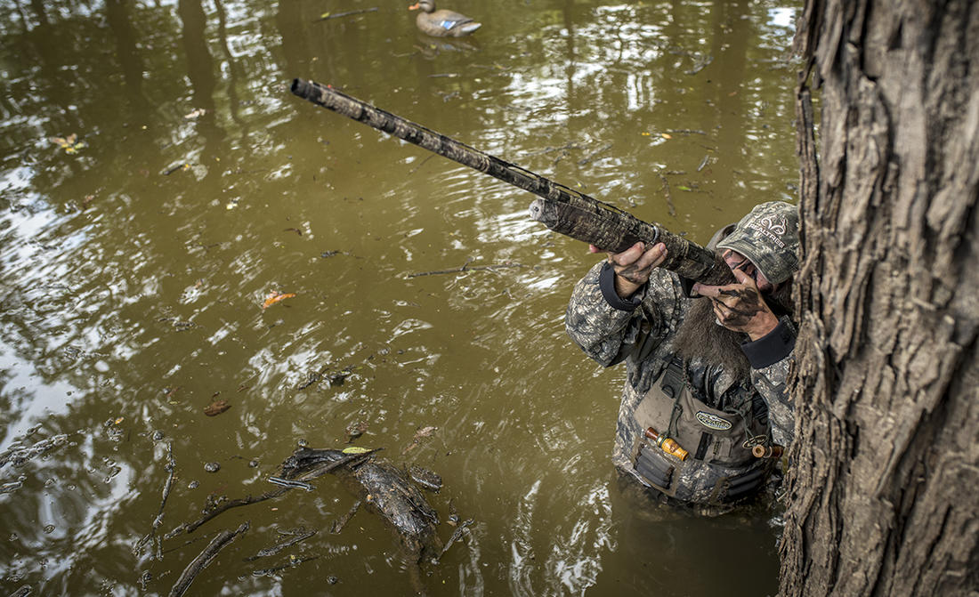 Longer, heavier shotguns might boost duck-shooting performance. Or not. It depends. Photo © Bill Konway
