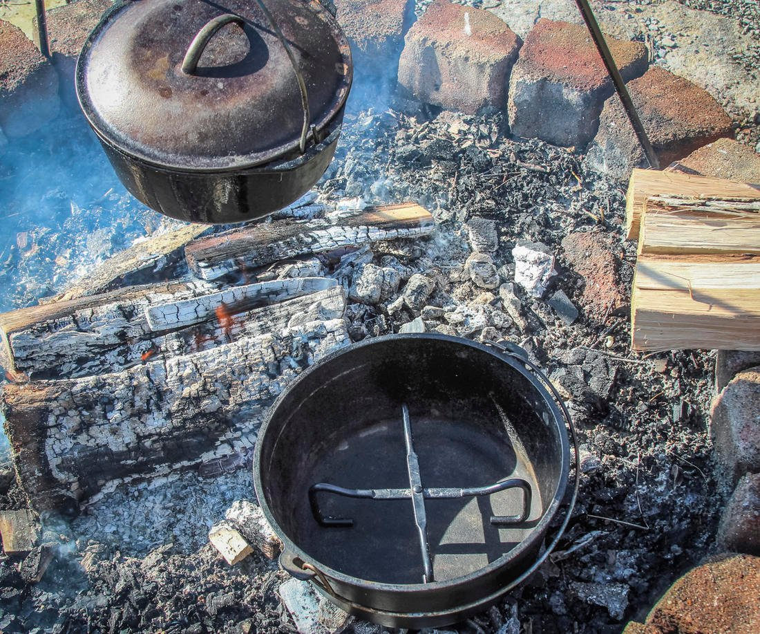 Use a metal trivet to hold the inner pan off the bottom of the Dutch oven for even air flow.