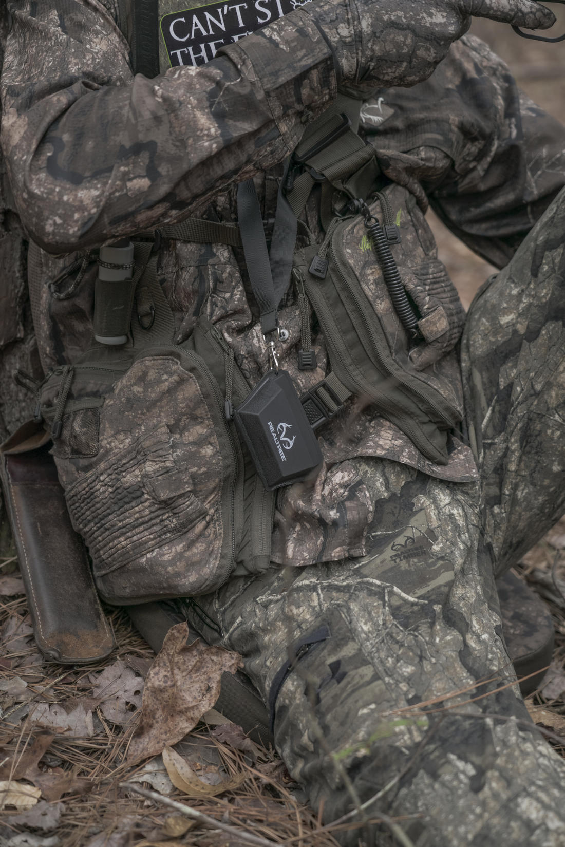 Both guys carry the Colosseum Call Caddy to hold their diaphragm calls. (© Realtree photo)