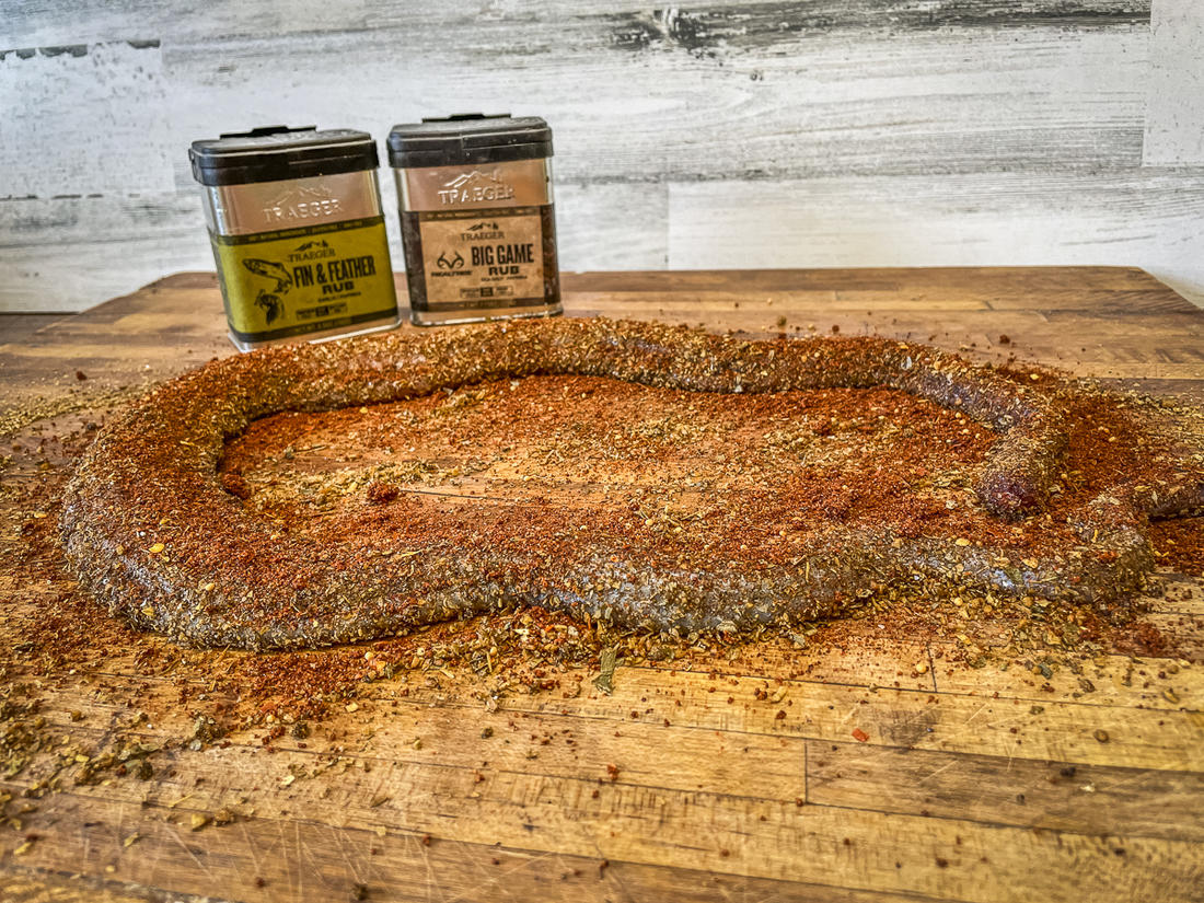 Cover the snake with your choice of rubs.
