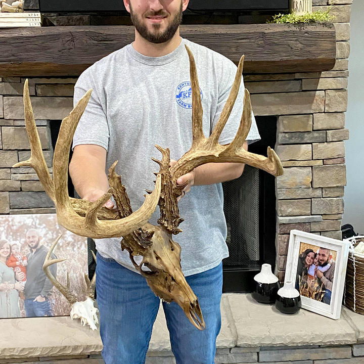 Bowhunter Reunited with 200-Inch Buck After Shed Hunter Recovers It