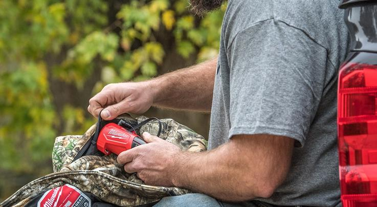 Milwaukee M12 Heated Jacket Kit in Realtree EDGE Camo Preview Image