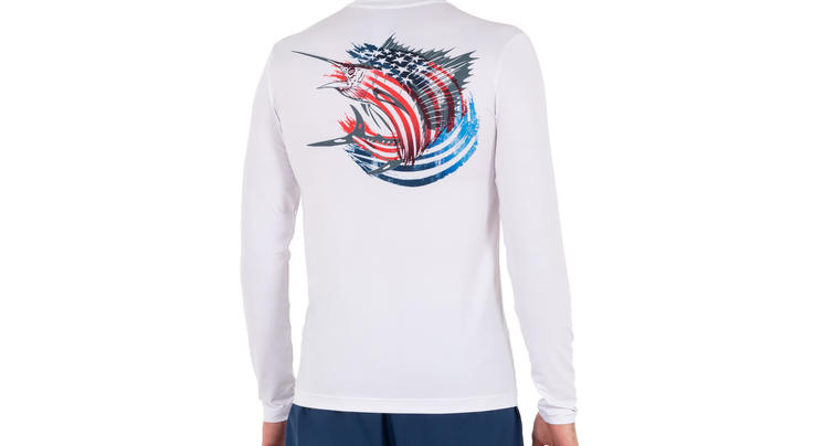 Realtree Men's Long-Sleeve Performance Fishing Graphic Tee Shirt Preview Image