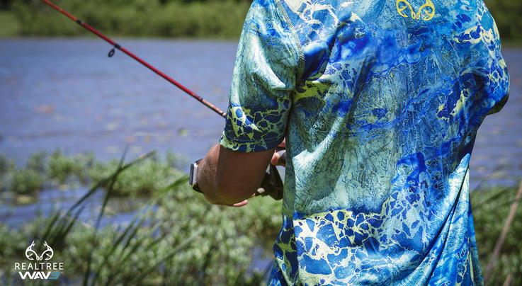 Staghorn Mens Short Sleeve Performance Tech Fishing Tee in Realtree WAV3 Preview Image