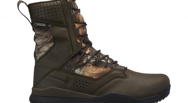 "Nike SFB Field 2 8"" Realtree Camo Boot Preview Image"