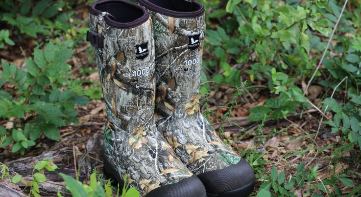 Field & Stream Men's Swamptracker 1000g Waterproof Rubber Hunting Boots in Realtree EDGE Preview Image