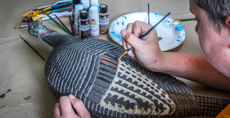 <h2>Paint Your Old or Inexpensive Turkey Decoys to Add Realism</h2> Preview Image