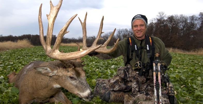 Secrets to Killing a Record-Class Whitetail Deer Preview Image